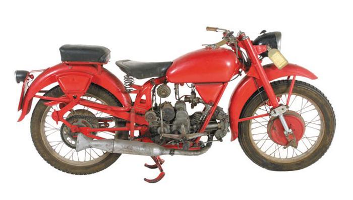 MOTOS PARA EL RECUERDO DE LOS ESPAÑOLES-http://www.guzzireal.com/download/file.php?id=1928