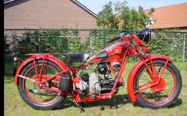 MOTOS PARA EL RECUERDO DE LOS ESPAÑOLES-http://www.guzzireal.com/images/1934ba.jpg
